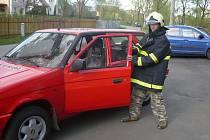 Dobrovolní hasiči v Zátoru strávili stovky hodin opravami starého formana. Dnes je z něj pěkně vypadající velitelské vozidlo.