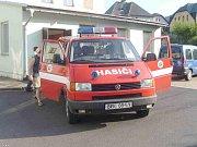 Tři dobrovolní hasiči z Vrbna pod Pradědem vyrazili v pátek 13. srpna do města Frýdlant v Čechách. V čele s velitelem Ondřejem Chalupou vyjeli hasiči do Čech s materiální pomocí, kterou tento týden v rámci sbírky nezištně poskytli vrbenští obyvatelé.