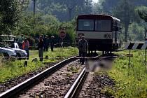 K tragické nehodě došlo dnes šest minut před půl sedmou ráno u Cvilína.