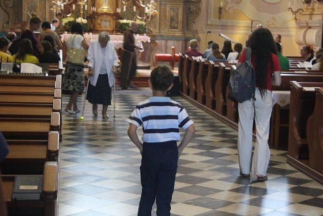 Františkánské setkání mládeže se na Cvilíně koná už 23let.  Pětidenní program ve františkánském duchu organizuje Česká provincie řádu minoritů.