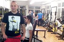 Do fitcenter chodí cvičit lidé od patnácti do šedesáti let. Nejčastěji ovšem mají mezi třiceti až čtyřiceti lety.