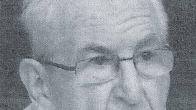 Václav Šimčík zatoužil po životě v dominikánském řádu v době, která řeholníkům nepřála. Dvacet let působil jako okresní hygienik.