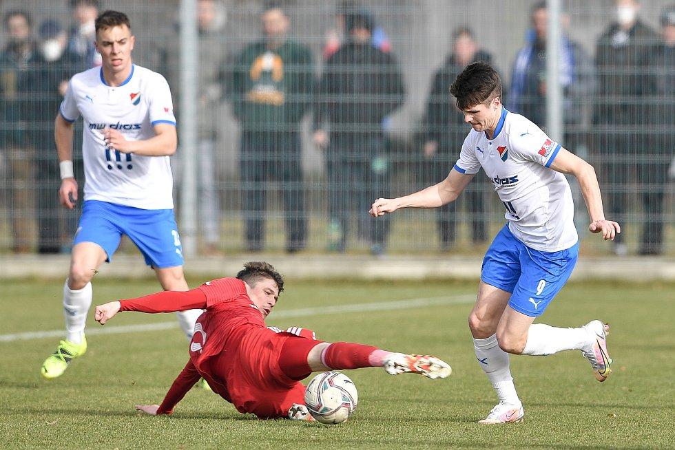 Utkání 3. kola českého fotbalového poháru MOL Cupu: FC Baník Ostrava - FK Fotbal Třinec, 23. února 2021 v Ostravě. (vpravo) David Buchta z Ostravy.