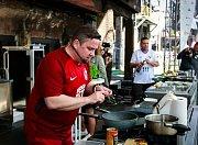 Gastroshow Jana Punčocháře patří k hlavním tahákům sobotní akce v Karlově Studánce.