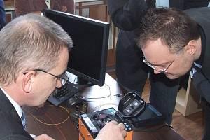 Kvůli lepšímu uplatnění studentů na trhu práce vybavila bruntálská střední průmyslová škola učebny moderními technologiemi.