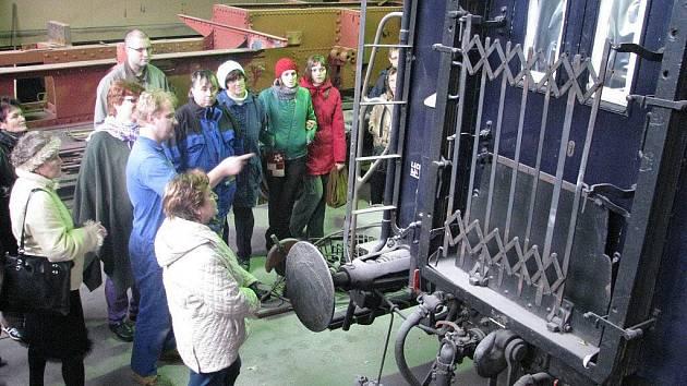 Salonní vůz Františka Ferdinanda d´Este, který v Krnově prošel rekonstrukcí, bude příští čtvrtek v areálu Olpasu slavnostně představen odborné veřejnosti a předán Národnímu technickému muzeu.
