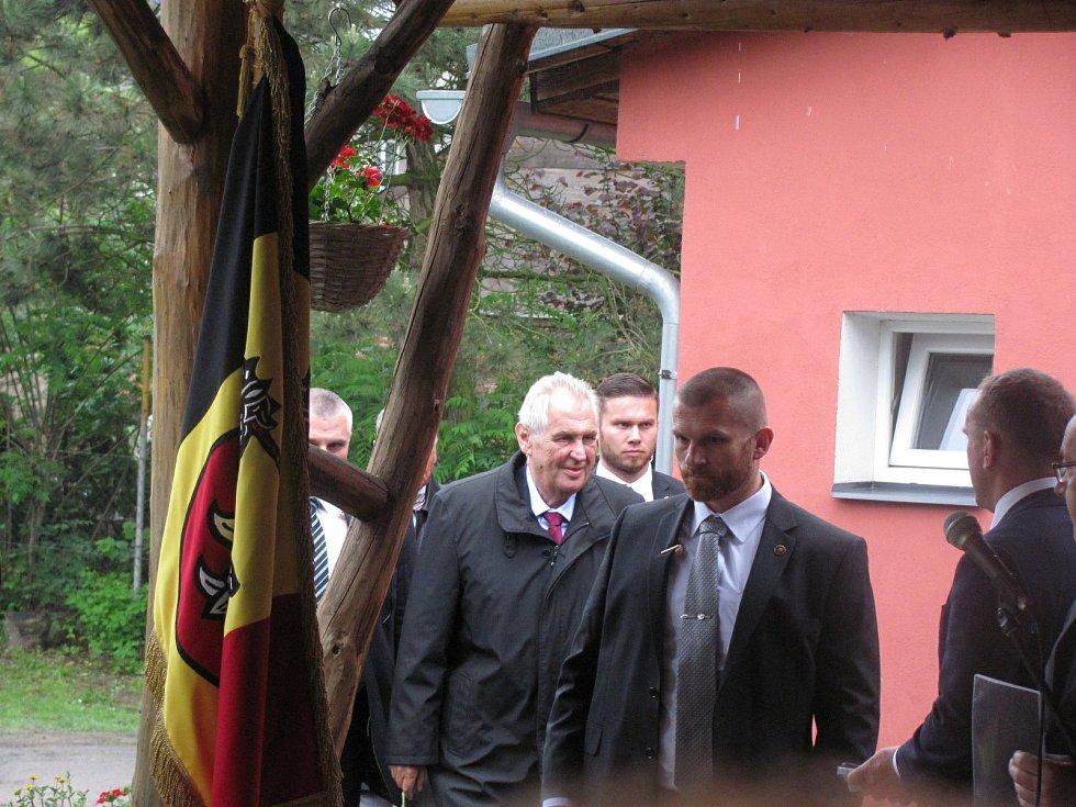 Miloš Zeman byl první prezident, který navštívil Slezské Pavlovice.