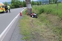 K vážné dopravní nehodě motorkáře došlo v čtvrtek mezi Starým Městem a Světlou Horou.
