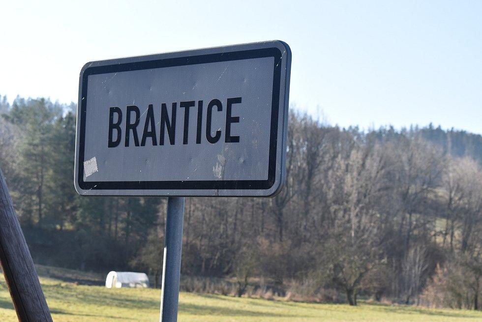 Brantice jsou příjemné klidné místo k bydlení a také zde začíná přibývat výletníků.