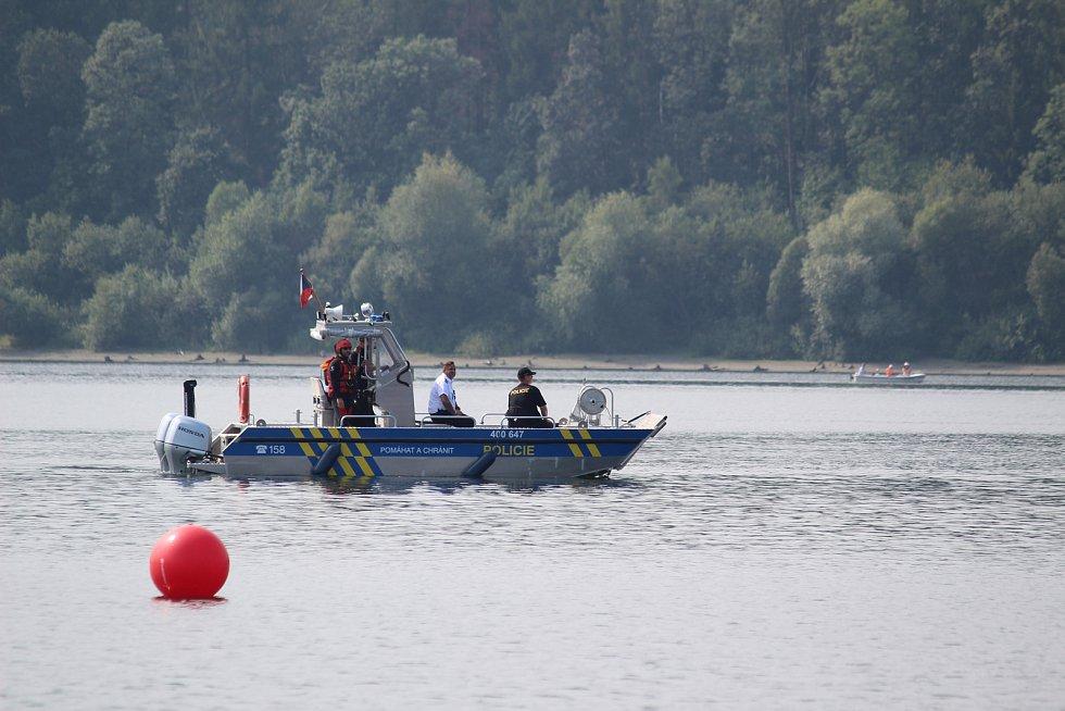 Na Slezské Hartě se už pošesté jel závod dračích lodí, který se stal největším závodem svého druhu v Moravskoslezském kraji.