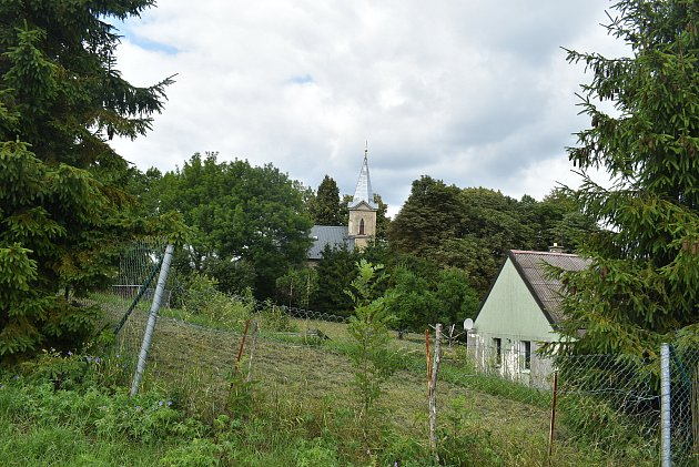 Kněžpole: Kostel svatého Jana Křtitele