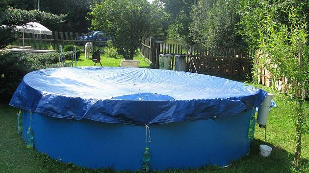 Bazén, ve kterém se vážně zranil dvačtřicetiletý muž z Vraclávku.