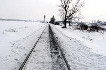 Na železniční trati vedoucí v průmyslové zóně Červený Dvůr u Krnova došlo včera ráno k smrtelnému neštěstí.