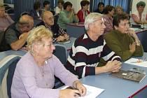Obchodní akademie a Střední zemědělská škola Bruntál nabízí lidem nad padesát let studium na univerzitě třetího věku.