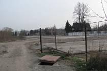 Pozemek po bývalé Slezské komerční slévárně (SKS). Ilustrační foto.