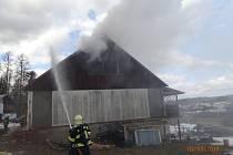 Požár části rodinného domku v Břidličné.