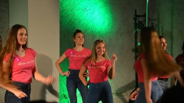 Pro třináctiletou Karmelku Hoškovou z Města Albrechtic byla účast v soutěži Dívka roku 2020 zajímavá zkušenost. Foto: archiv rodiny
