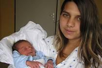 Petr Pecha, narozen 23. 9. 2009, váha 3,25 kg, míra 49 cm, Krnov. Maminka: Daniela Pechová, tatínek: Gabriel Gorol.