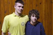 Bratři Marcel (vlevo) a Matouš Morbitzerovi patří mezi velice úspěšné krnovské zápasníky.