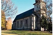 V severovýchodní části obce Staré Město u Bruntálu se nachází opevněný hřbitov, uprostřed kterého stojí monumentální kostel Neposkvrněného Početí Panny Marie.