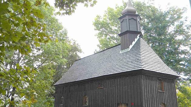 Kaple sv. Josefa ve Světlé Hoře, části Podlesí láká k prohlídce domácí obyvatele i návštěvníky jesenických hor.