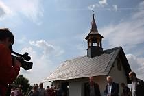 Obec Hlinka uspořádala slavnostní otevření kapličky na hřbitově.