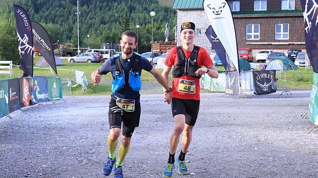 Nejrychlejší běžci Longu – Tomáš Klimša a Dominik Chlupáč.