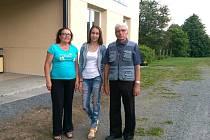 Ze Sibiře přijel Alexandr Pavlovič Nikolaev, potomek vězně umučeného v pracovním táboře v Lomnici se ženou a vnučkou.