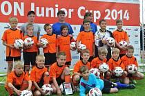 Mladí fotbalisté z rýmařovské přípravky podali na prestižním turnaji v Hulíně výborné výkony. Mezi čtyřiadvaceti týmy skončili šestí, jen jediný gól je dělil od účasti v semifinále.
