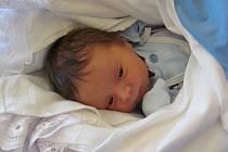 HENRYK ŠIMEK se narodil 17.července 2012, při narození vážil 3140 gramů a měřil 48 centimetrů, maminkou se stala Lucie Suchánková a tatínkem se stal Martin Šimek, Ostrava