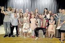 Žáci bruntálské Základní školy Jesenická vystoupili v Domově pro seniory Pohoda.