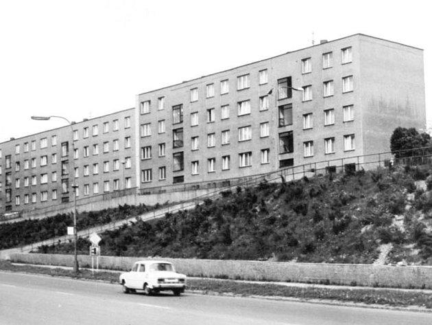 Bytové domy na Hradčanech, tak je znají i dnešní obyvatelé a návštěvníci města Bruntálu.