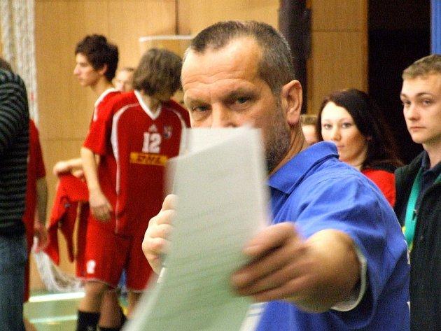 Hlavní pořadatel Jaromír Kopeček je s průběhem turnaje spokojený. Potěšila jej i divácká návštěva.