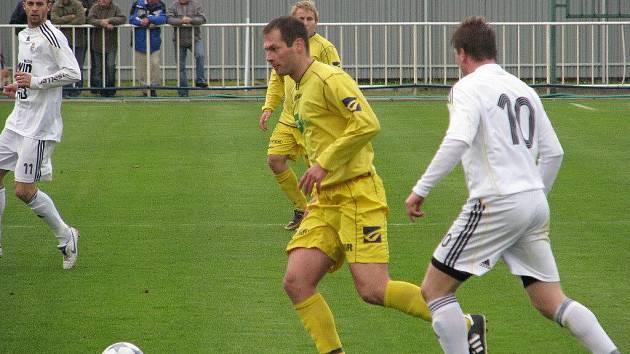 V přípravě si fotbalisté Krnova vedou dobře. V posledním utkání zvítězili nad hráči Hlučína v poměru 5:2.
