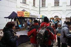 Linhartovský zámek hostil  jarmark, na který přišlo přes 2,5 tisíce lidí.