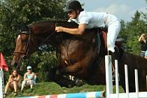 Petra Špalková s koněm Jokr 1 Martex (JK Caballero) zvítězila v hlavní soutěži Bezručova poháru.
