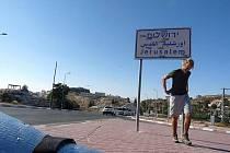 Ladislav Zimbura vyrazil pěšky do Jeruzaléma. Co při tom zažil, povypráví 17. května v krnovském klubu Kofola.