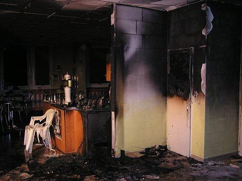 Oheň způsobil škodu za téměř půl milionu korun.