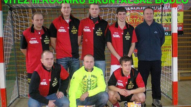Vítězství z třetího ročníku Bruntálského bodla si odnesli fotbalisté Autoservisu Jiráska.