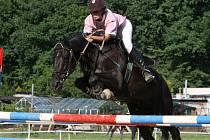 Irena Hrůzková na koni Aquino.