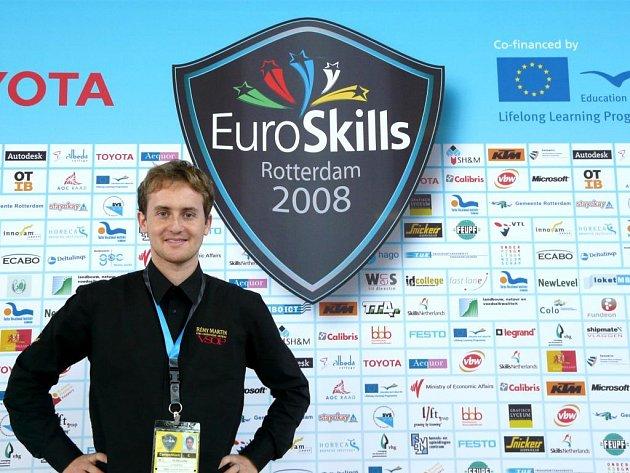 Vít Klimenko jako odborník na výpočetní techniku se svým týmem reprezentoval Českou republiku v oboru budování počítačové infrastruktury a marketing.