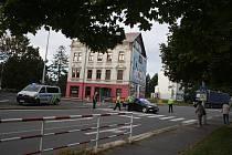 Nehoda na přechodu, při které byli zraněni dva školáci, na čas uzavřela dopravu na Říčním okruhu.