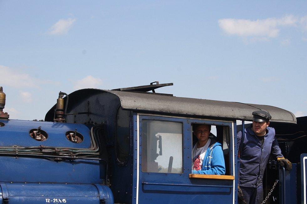 Malý Štokr a osoblažská úzkokolejka jsou neodmyslitelným symbolem Osoblahy. Ilustrační foto.