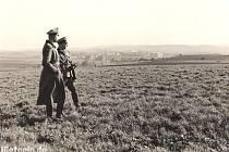 SUDETEN EINSATZ neboli nasazení v Sudetech prodělali v roce 1938 plukovník Hans Kreysing a plukovní pobočník – kapitán Ulrich Engelke.