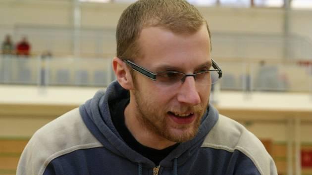 Trenér krnovské Orky Mikuláš Peths.