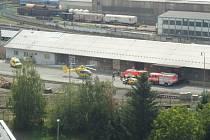 Vrtulník ženu transportoval do Fakultní nemocnice v Ostravě-Porubě. Její stav je i nadále kritický.