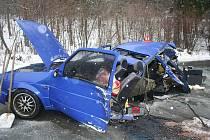 Za prodloužený víkend nedojelo na Bruntálsku dvanáct řidičů do cíle své cesty. Zvýšenou nehodovost zapříčinily alkohol nepozornost, zrádné cesty i divoká zvířata. Ilustrační foto.