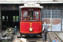 Replika sto let staré opavské tramvaje byla vyrobena v Krnově v roce 2008.