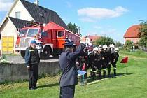 Úvalneští hasiči na memoriálu Františka Halašky.