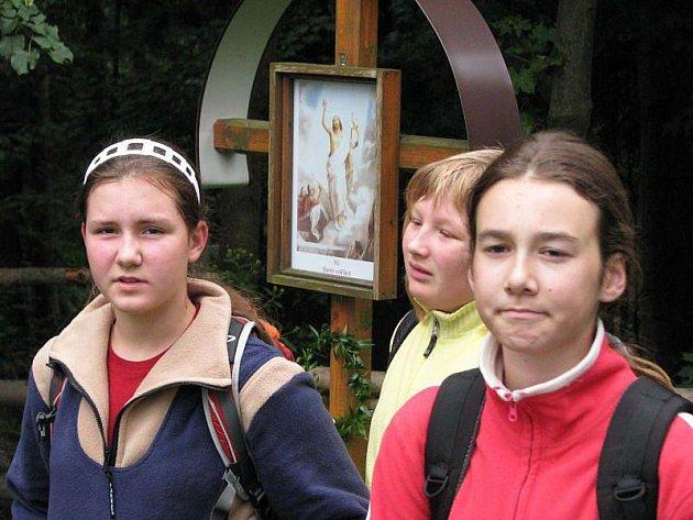 Koncert duchovní hudby v podání Komorního sboru Pěveckého sboru města Vrbna pod Pradědem potěšil poutníky v kostele Svaté Anny na Annabergu.